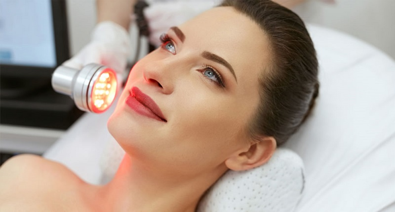 Treating Skin Conditions Safely with LED Phototherapy